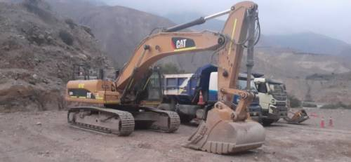 Excavadora Caterpillar (E6-762)