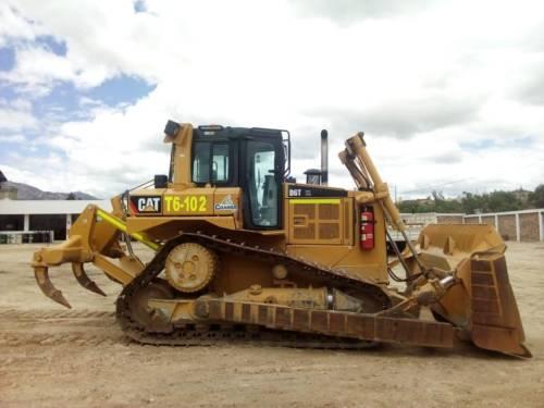 Tractor Caterpillar (T6-102)